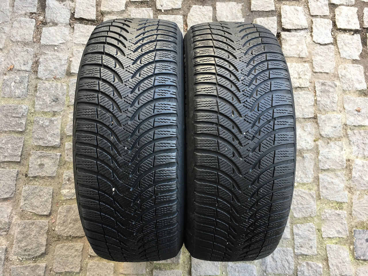 Michelin Alpin A4 215/50/17 95V